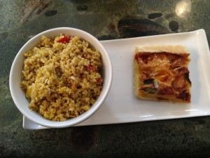 Quinoa with a Halloumi cheese and pepper pie