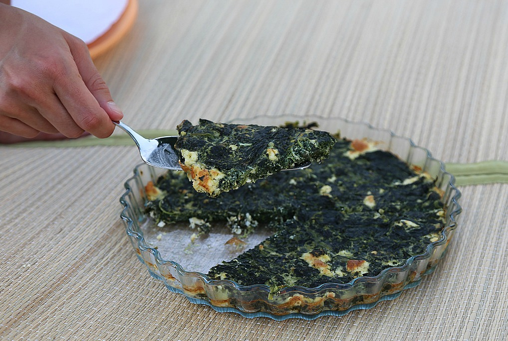 Crustless Spinach Feta Pie1